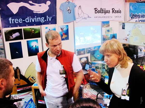 Daivinga kluba Baltijas Ronis un Free Diving kluba stends
