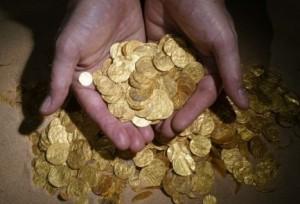 atrastas zelta monetas (14)