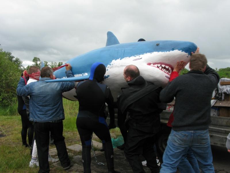 Baltas haizivs Dolomīta karjerā