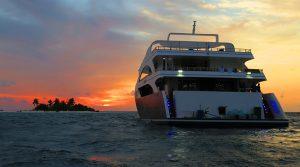 Maldīvas, dienvidu safari ar jahtu MV Emperor Serenity